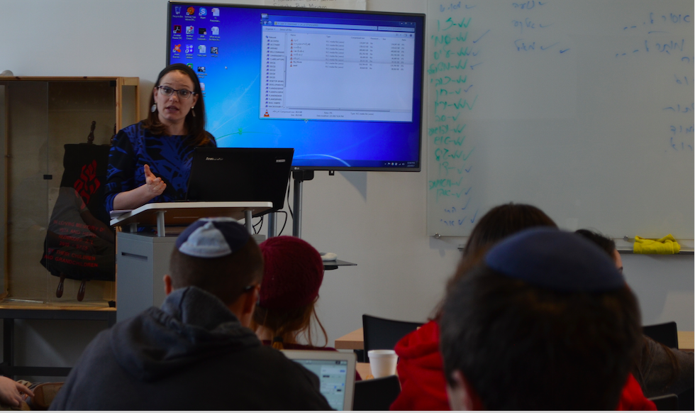 NEWS: Israeli journalist Sivan Rahav-Meir spoke in the small Beit Midrash Feb. 2.