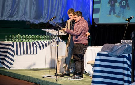 Junior Yaakov Sobel honored with Friendship Circle 'Hineini' award